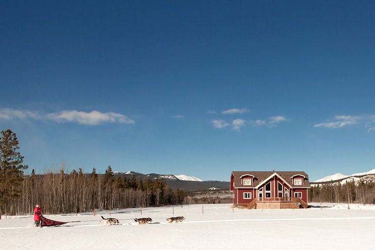 Dogsled front Lodge
